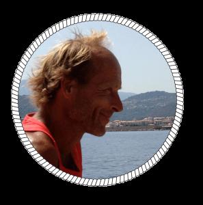 Photo de Jean, skipper professionnel et amoureux des calanques de Marseille