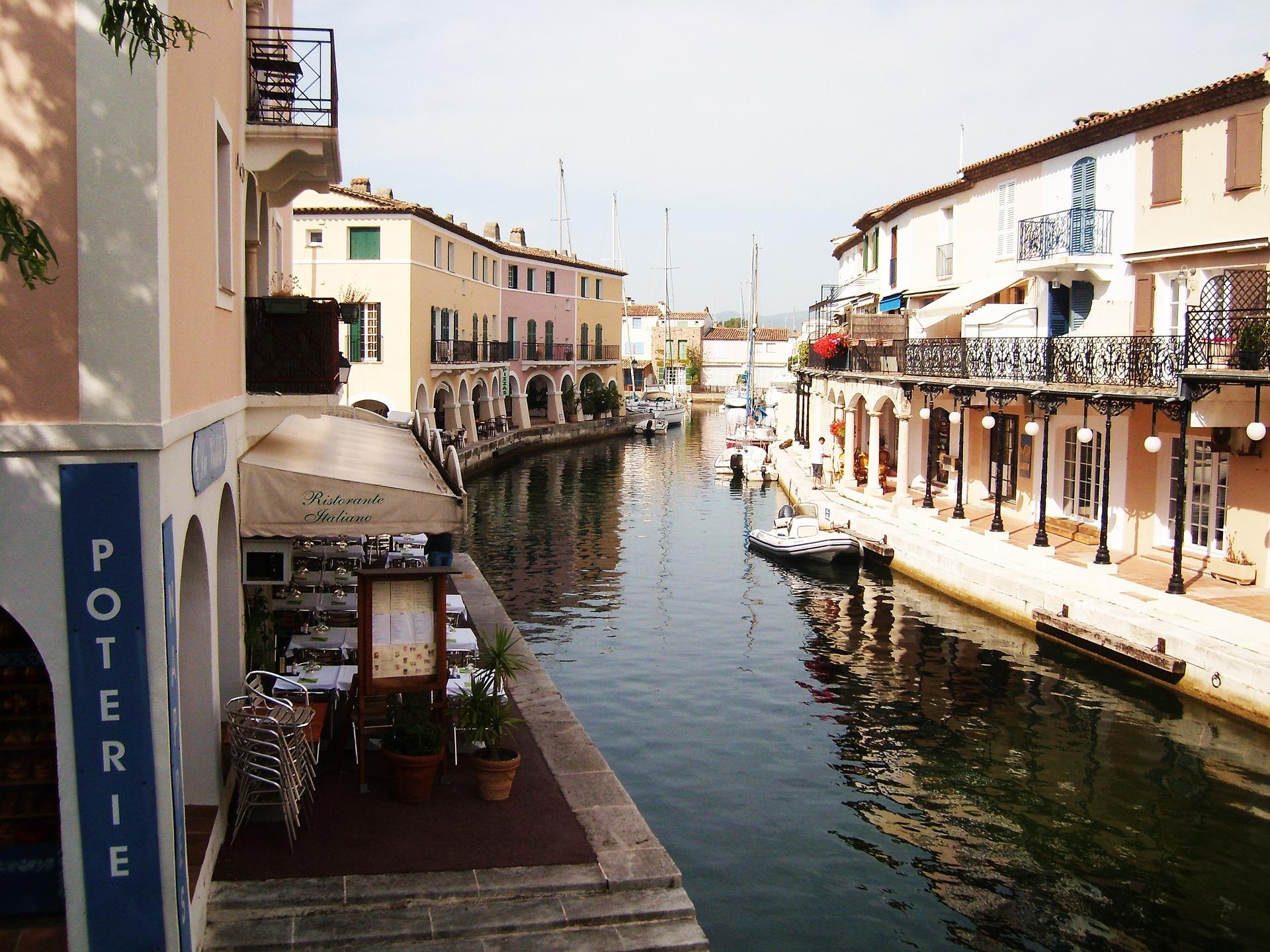 Dans Port-Grimaud, la Venise provençale - CC0 Benjamin Lescure