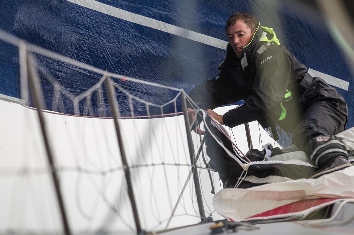 Thomas Ruyant en action sur son voilier Le Souffle du Nord pour le Projet Imagine - Pierre Bouras